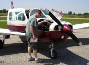 Piper_Warrior_Pre_Flight.31554010